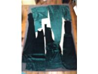 Vintage emerald green velvet pieces for long evening dress