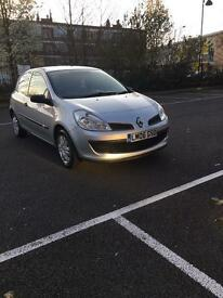 Bargain sale one owner Renault Clio 1.2 petrol only £950
