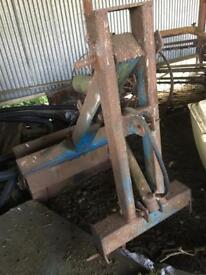 Tractor back loader