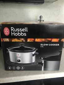 BRAND NEW Russell Hobbs Slow Cooker