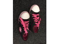 Heelys X2 pink & black size 2