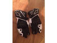 Motorcycle Black & white Alpinestars gloves GP plus