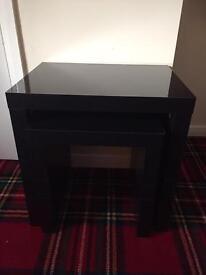 Black gloss table set
