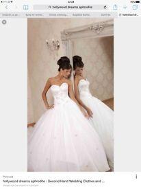 Wedding Dress, princess style, Hollywood Dreams size 8/10