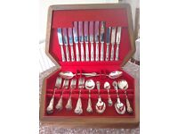 Smith Seymour Ltd Sheffield canteen of cutlery silver plated