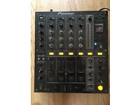 Pioneer DJM-700 Professional DJ Mixer £350 ONO