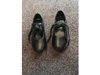 Tap shoes child size 9
