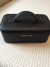 MICHAEL KORS vanity/make up/jewellery case