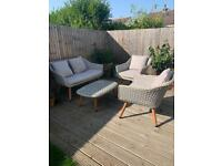 Lovely 4 piece garden furniture set *bargain