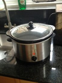 Handy 3L electric slow cooker
