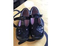 Girls black start rite shoes size 7