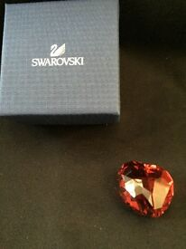 SWAROVSKI - COLLECTABLE RED CRYSTAL LOVE HEART - LIGHT SIAM