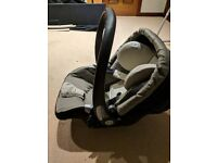 Mamas and papas car seat with isofix base