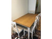 Stunning 6 seater dinning table for sale! It's in Great condition and only a year old.