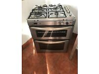 Cooker and hob built in type
