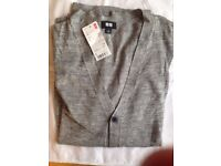 UNIQLO MENS GREY CARDIGAN BRAND NEW £6