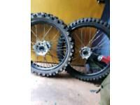 Crf 125 wheels
