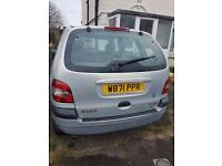 Renault scenic and fiesta