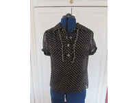 M&S Black & White polka dot top with camisole Size 8 Excellent condition