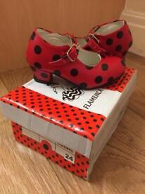 Girls size 24 (infant 7) Spanish Shoes