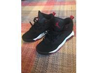 Nike Jordan maxin 200 size 6