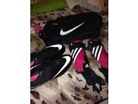 Unisex children football boots size 5.5