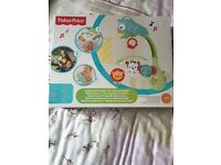 BNIB Fisher price rainforest friends 3 in 1 musical mobile