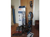 Vax Cordless Vacuum with lift out cylinder U85-ACLG-BA