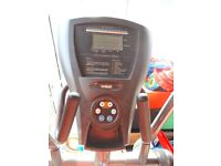 Cross Trainer CE 2.1E Elliptical Trainer. Excellent conditon working order. With instuction manual