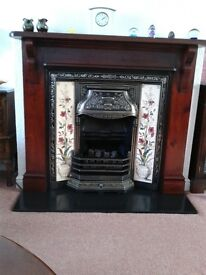 Portway comficoal Gas fire with wooden surround and marble plinth excellent condition.