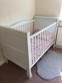 White Wooden Sleigh CotBed Cot Bed! Includes Brand New Mattress! Excellent Condition!