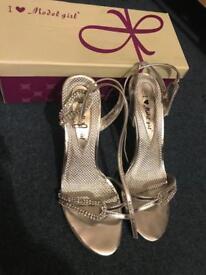 Size 5 sliver prom/wedding ball shoe