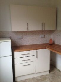 Large 1 bed Flat private entrance