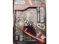 Star wars kylo ren pencil case pack A4 pad incl.