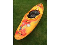 Dagger mamba 7.6 kayak for sale very good condition!