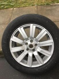 Land Rover discovery 4 wheel & tyre