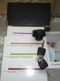 Vauxhall Zafira Manual Book, Key's and Fuel cap