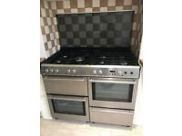 Free standing Belling Range double oven and gas hob