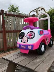 Minnie Mouse car