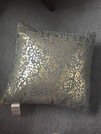Small cushion