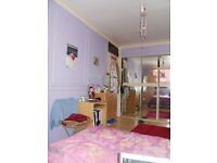 One Nice Double master bed room to let out in E16 newham for Single female/male or student