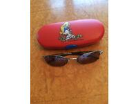 New - girl's sunglasses in a fashion case