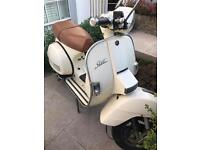 LML Star Deluxe 200 4T scooter