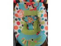 Bouncer: Bright start Unisex Safari, Clean Almost New, Vibration effect, Collection NG7