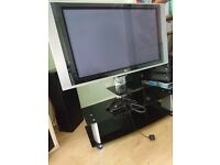 LG TV WITH 3 TIER GLASS STAND AND TV MOUNT £75 ONO