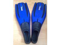 Freediving & snorkelling fins (Never worn)