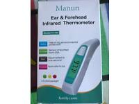 Ear forehead infrared thermometer