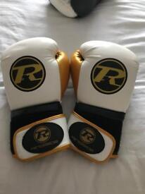 Ringside gloves