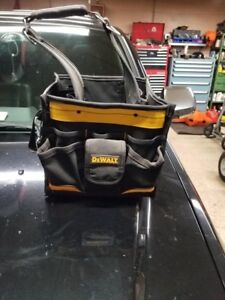 Dewalt electricians bag