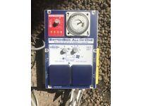 Hydroponics SMS 4way 4L SwitchBox 4 x 600W Lights, 2 x Fans & Heater- SMSCOM